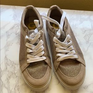 G By Guess Woman sneaker/8